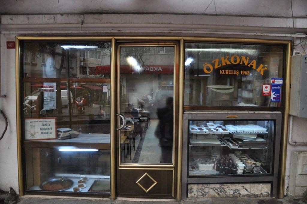 İSTANBUL'DA EV YEMEĞİ İÇİN EN İYİ MEKANLAR--